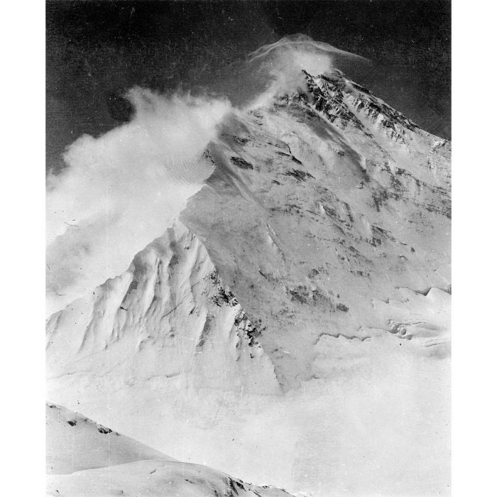 Stormy conditions on Everest's North-east Ridge, 1921 Photo: Charles Howard-Bury © RGS-IBG