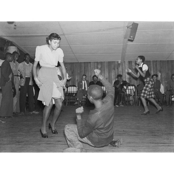 Jitterbugging in a juke joint, Clarksdale, Mississippi, 1939. Photo Marion Post Wolcott. (Library of Congress)