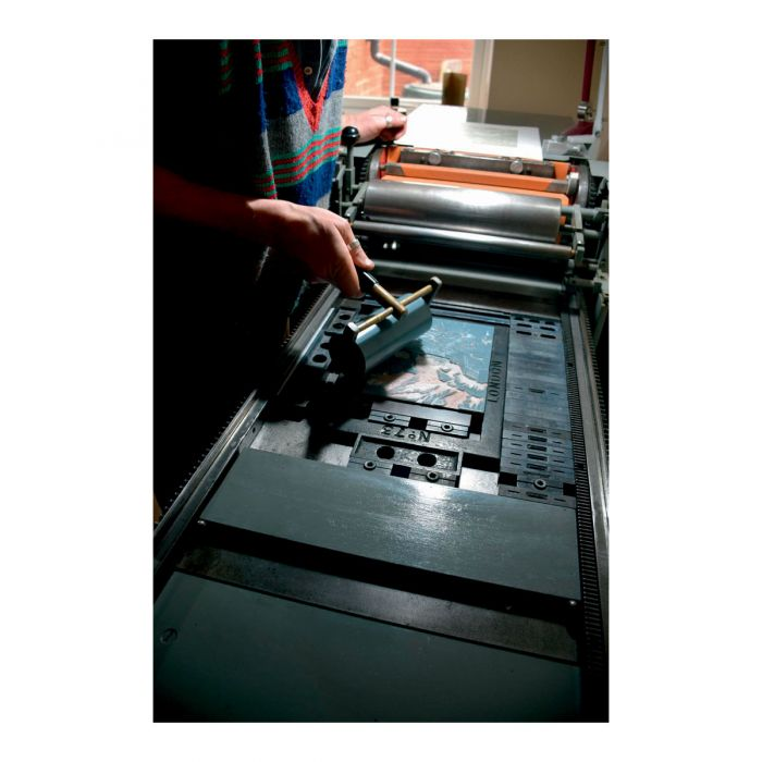 Neil Bousfield preparing his Vandercook Press to print '1914'